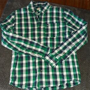 Men's HOLLISTER button-up plaid shirt. Medium